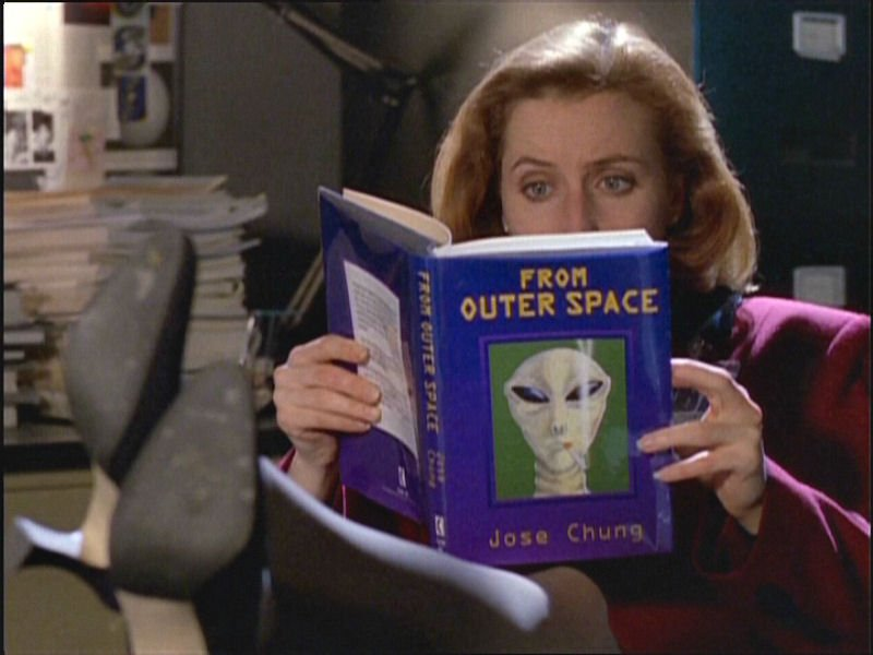 x-files-jose-chungs-from-outer-space